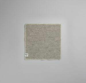 26513 Grey-Natural