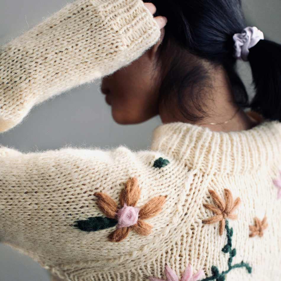 Blomsterhagen strikkepakke garn
